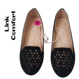 Link Comfort Girls Black Shoes New! Size 4